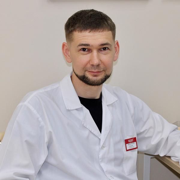 Сосудистый хирург, флеболог Емешкин Максим Игоревич